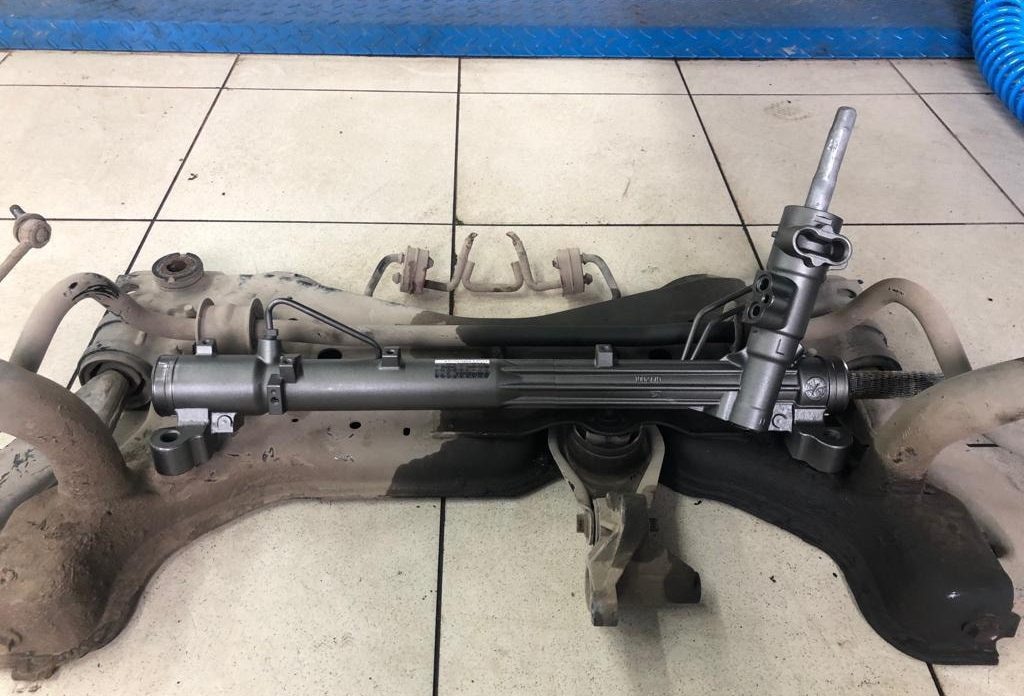 Ремонт рулевой рейки Nissan