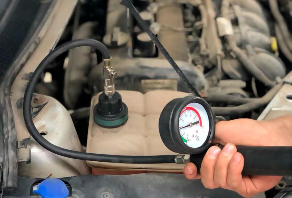 Опрессовка системы охлаждения двигателя